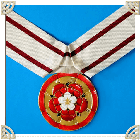 Male-Female-Deputy-Lieutenant-Badge-Framed
